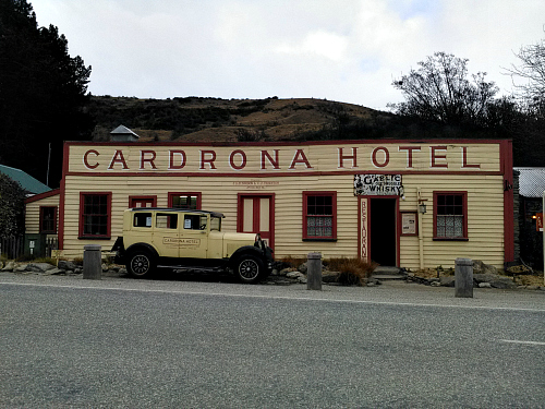 The historic Cardrona Hotel near Wanaka