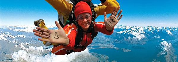 Haka Tours skydiver