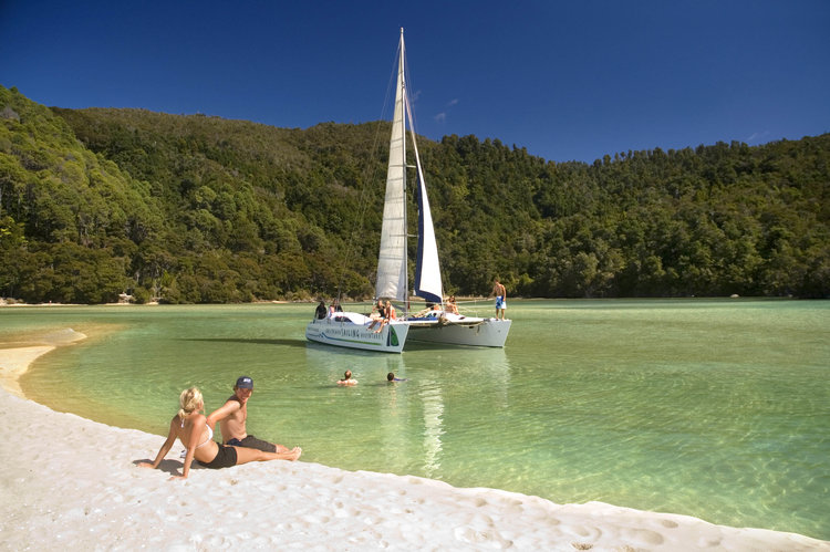 Sailing in the Abel Tasman - pic courtesy Awaroa Lodge - click to learn about the lodge
