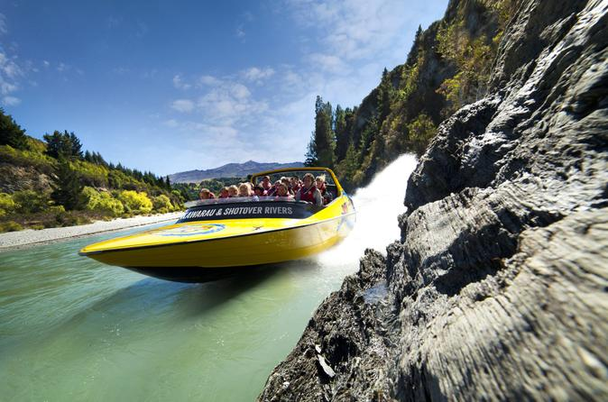 Thrills on the Kawarau Jet near Queenstown