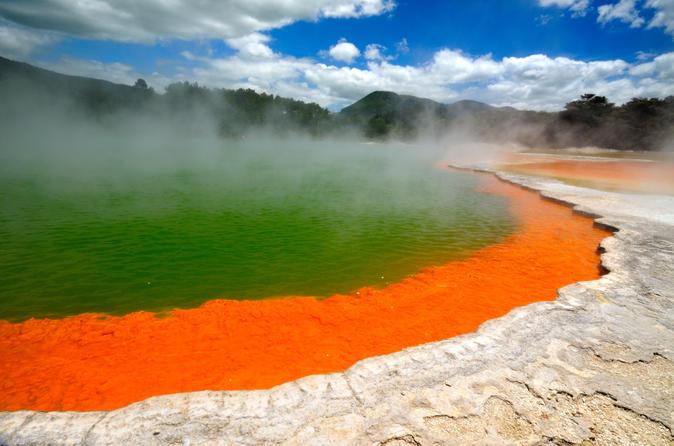 Rotorua's Champagne Pools