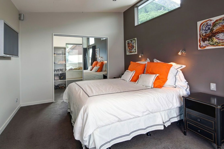 7 Manata Queenstown bedroom