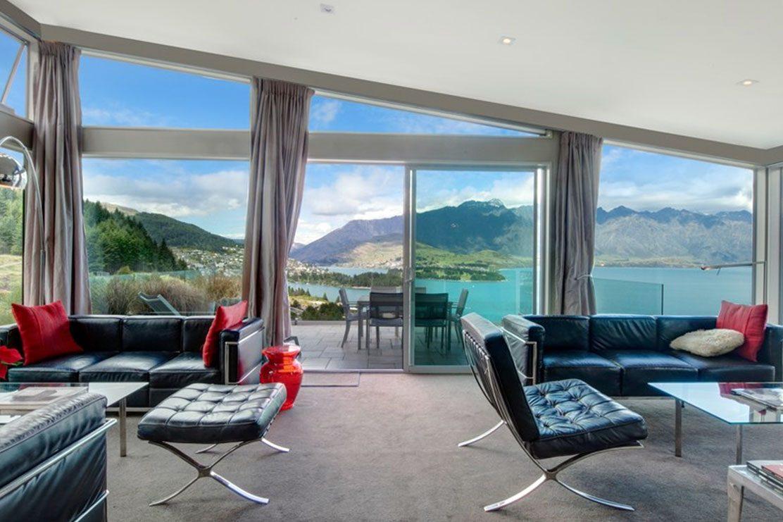 7 Manata Queenstown Lounge room