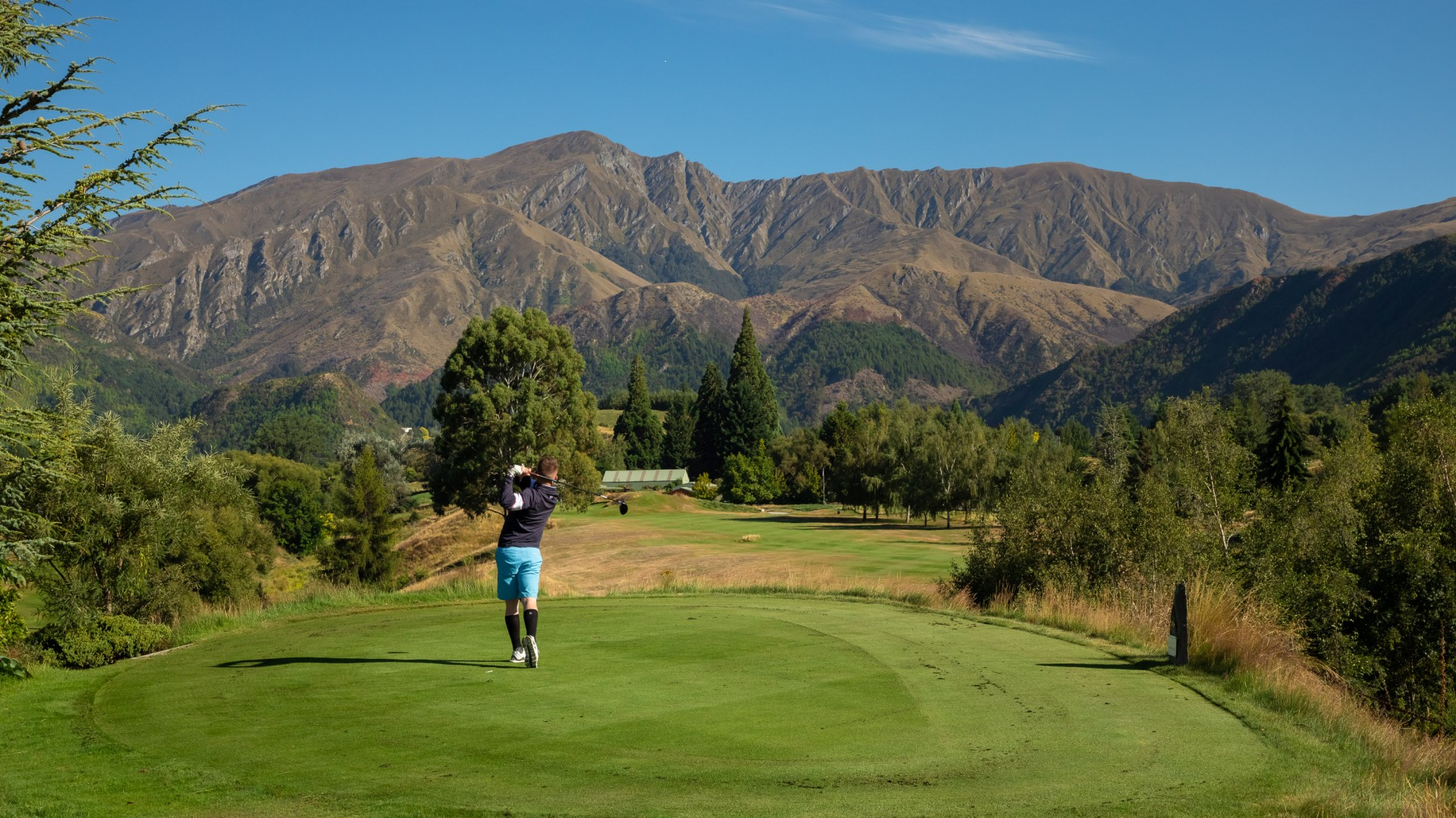 Arrowtown Golf Course. Image courtesy Arrowtown Promotion And Business Association