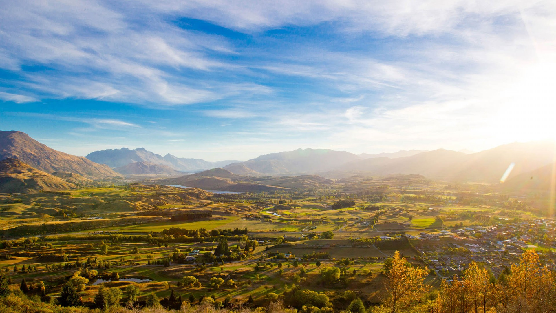 Arrowtown in Autumn From Tobins Track courtesy Arrowtown Promotion and Business Association