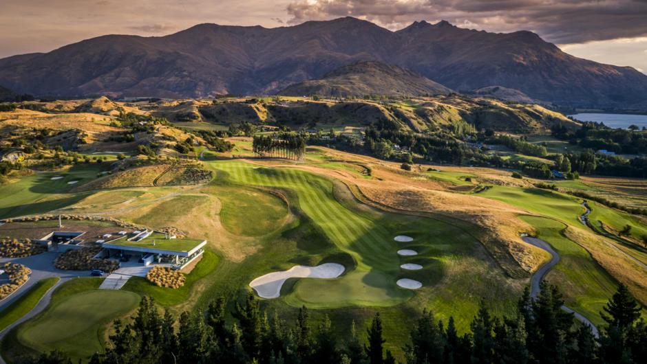 The Hills Golf Club near Arrowtown. Image courtesy Tourism New Zealand