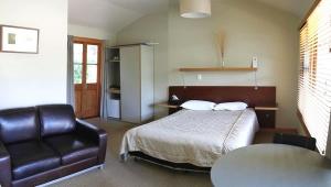 A Standard room at Awaroa Lodg