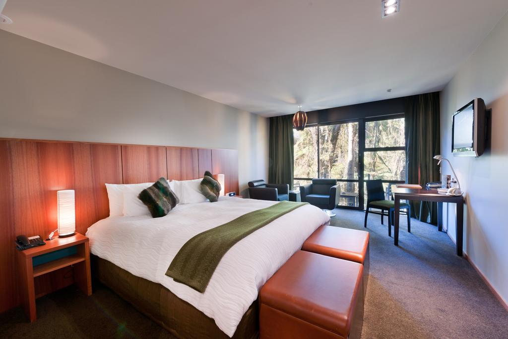 Te Waonui Rainforest Retreat Franz Josef room