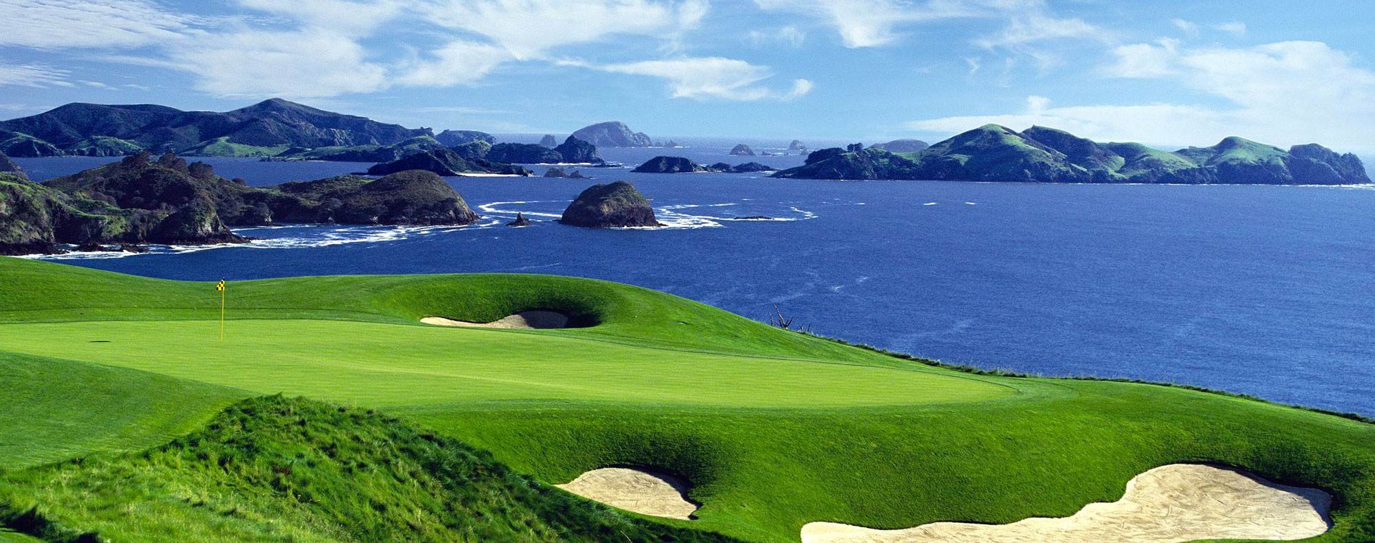 Golf at Kauri Cliffs - pic courtesy Eagle's Nest
