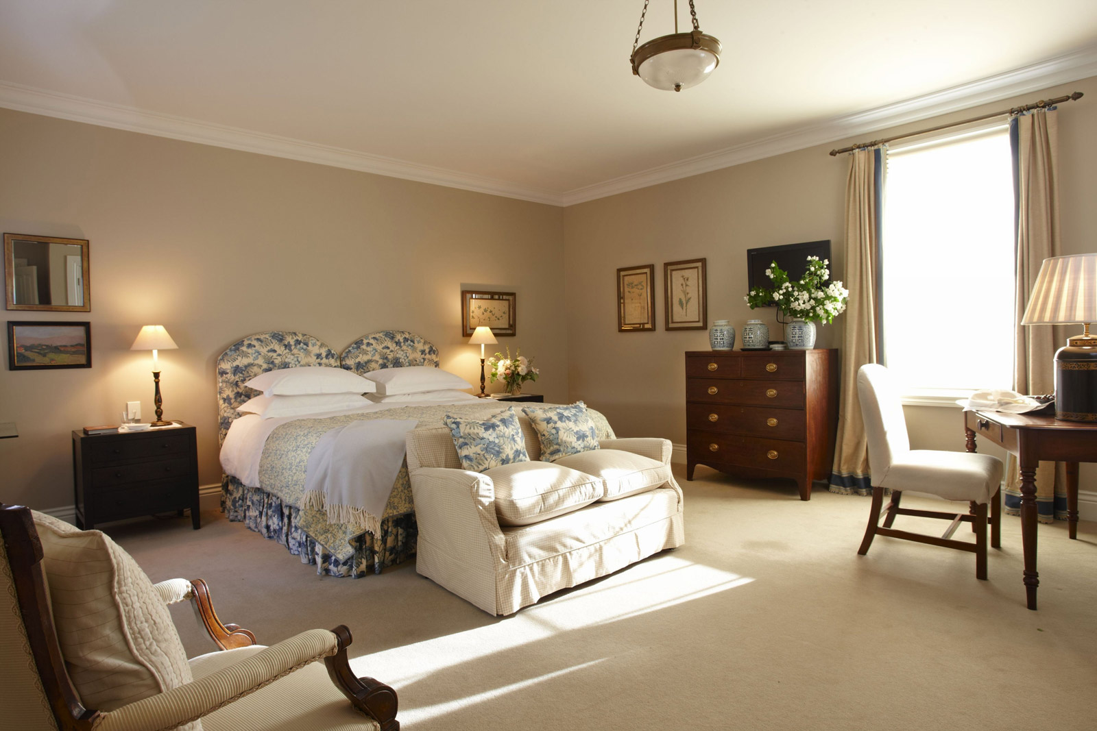 Luxury suite at Edenhouse - pic courtesy Edenhouse