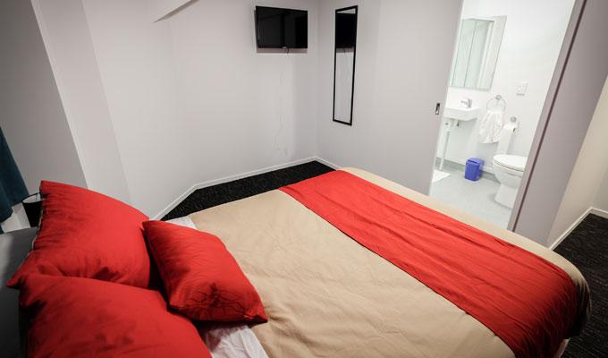 Private en-suite rooms at Haka Lodge Paihia