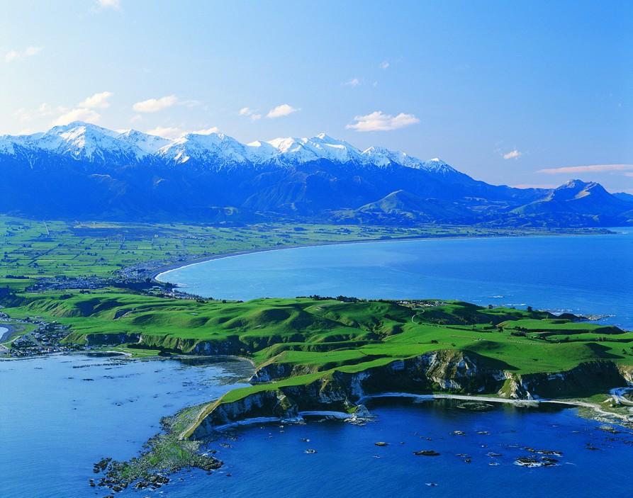 The stunning Kaikoura peninsula. Image courtesy Whale Watch Kaikoura