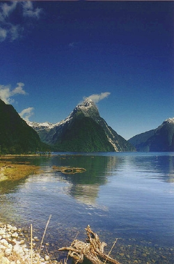 Picture of Mitre Peak in Milford Sound