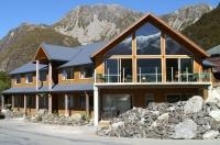 Mt Cook Alpine Lodge