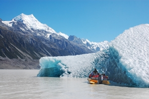 Wow! cruise on a glacial lake near Mt Cook - image courtesy Glacier Explorers