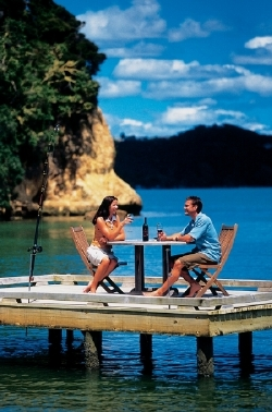 Picture - Dining in the Bay of Islands