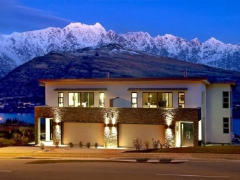 A typical Queenstown property