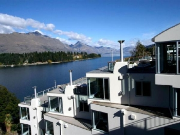 Queenstown apartmen