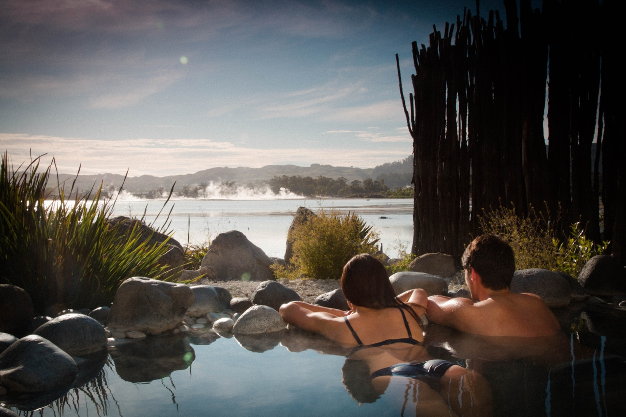 Relaxing in the Polynesian spa at Rotorua - pic by RotoruaNZ.com