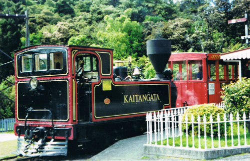 The old steam train at Shantytown