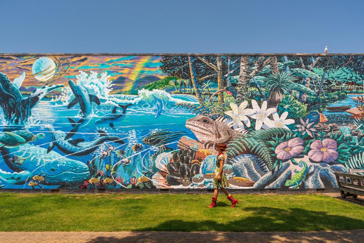 Mural wall in Takaka. Image courtesy nelsontasman.nz