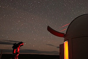 Stargazing at Lake Tekapo's Mt John Observatory - pic courtesy Earth and Sky
