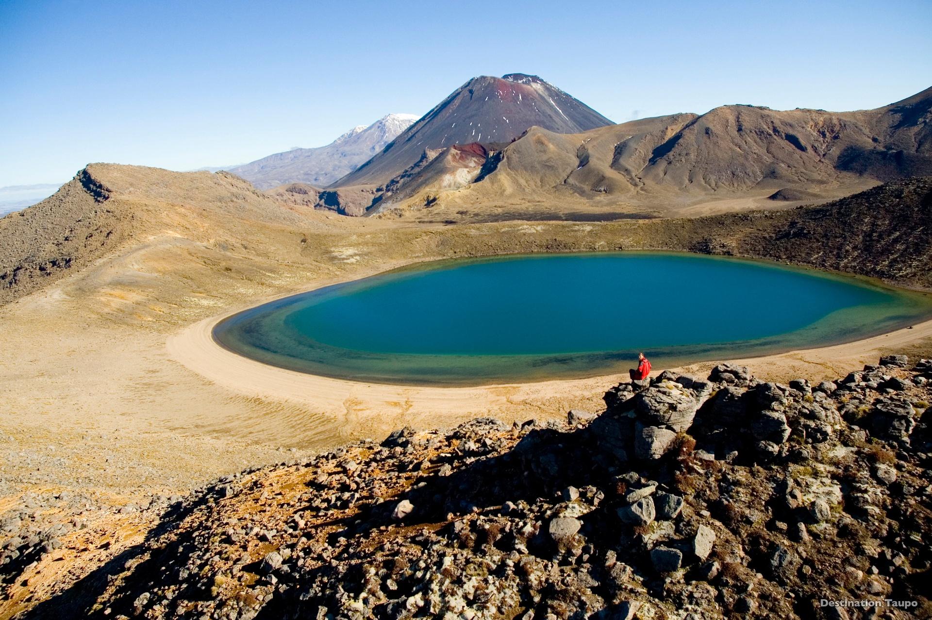 Blue Lakes on the Tongariro Alpine Crossing. Image courtesy Destination Lake Taupo and TNZ