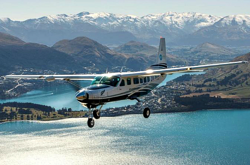 Scenic flights from Queenstown combined with a nature cruise are a great way to see Milford Sound - click for more information