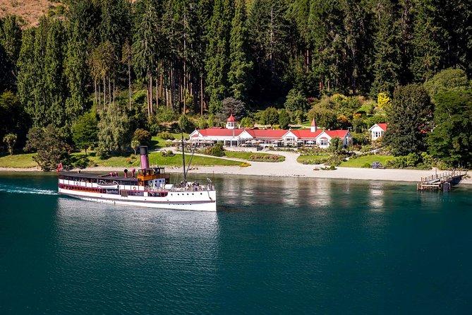 The TSS Earnslaw on Lake Wakatipu