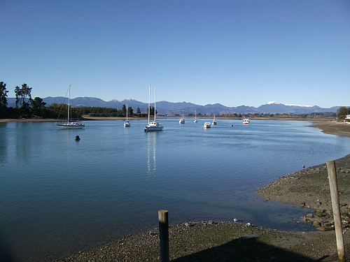 A serene morning on the Mapua estuary near Nelson
