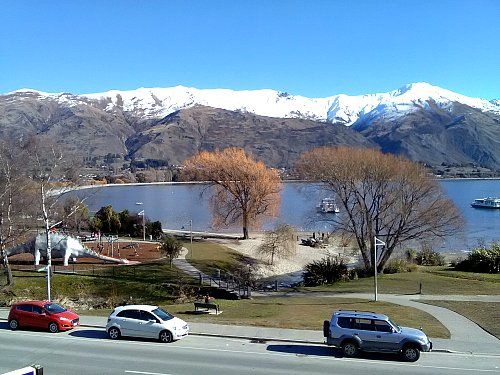 Looking over Lake Wanaka from The Moorings apartments