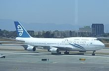 An Air New Zealand 747 at LA