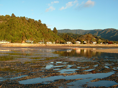 Low tide at Marahau, the gateway to the Abel Tasman National Park