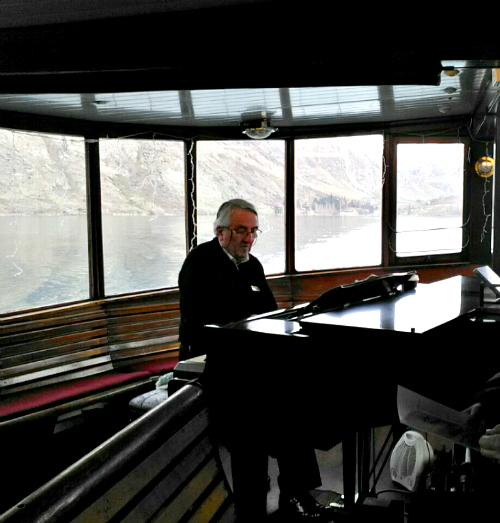 Any requests? Live music on the TSS Earnslaw