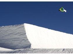 Snowboarding at Snow Park