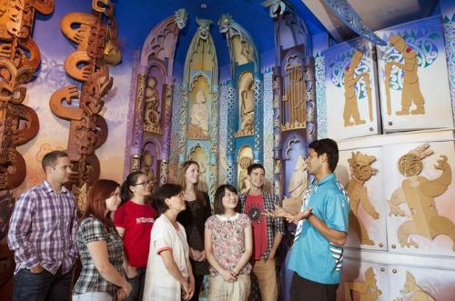 Visitors tour Te Papa